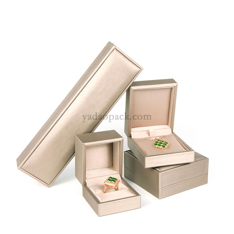 plastic box 14   (No:JH0062-PL)